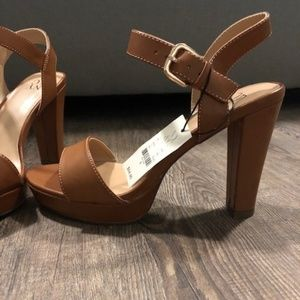 New York and Company sandals. Size 8